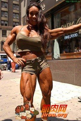 背部锻炼动作_外国肌肉女明星_肌肉网