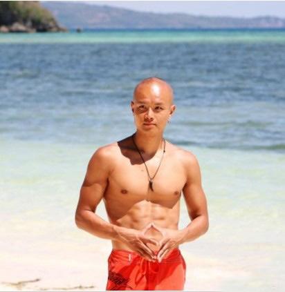 腹部肌肉锻炼视频_乐嘉肌肉照 体型健壮更健康(2)_肌肉网