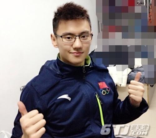 张亮穿泳_亚运会冠军宁泽涛的肌肉照片引关注_肌肉网