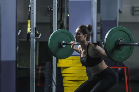 女性健身房臀部训练动作大全