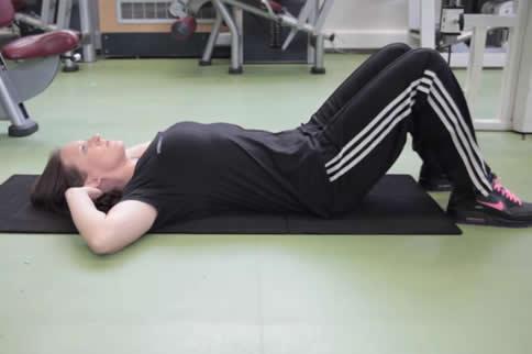最简单的腹肌训练动作