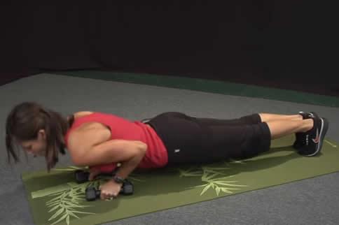 在家肱三头肌训练动作是什么