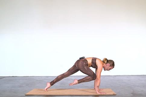 阿斯汤加瑜伽