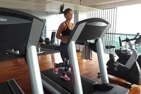 在健身房进行有氧运动有什么好处?