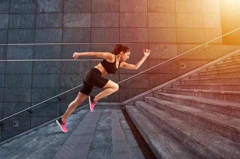 爬楼梯会伤膝盖吗 爬楼梯有什么技巧